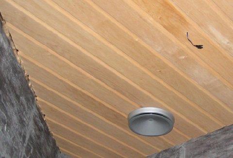 Saunan katon panelointi suunta